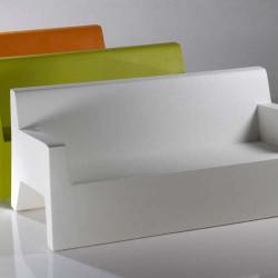 برز أريكة الأريكة فوندوم الأبيض