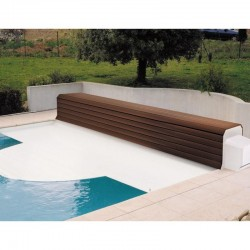 Thermodeck 7x3 automatic pool cover with aluminum and wood reel
