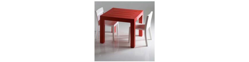 Mesas y mesas altas de jardín